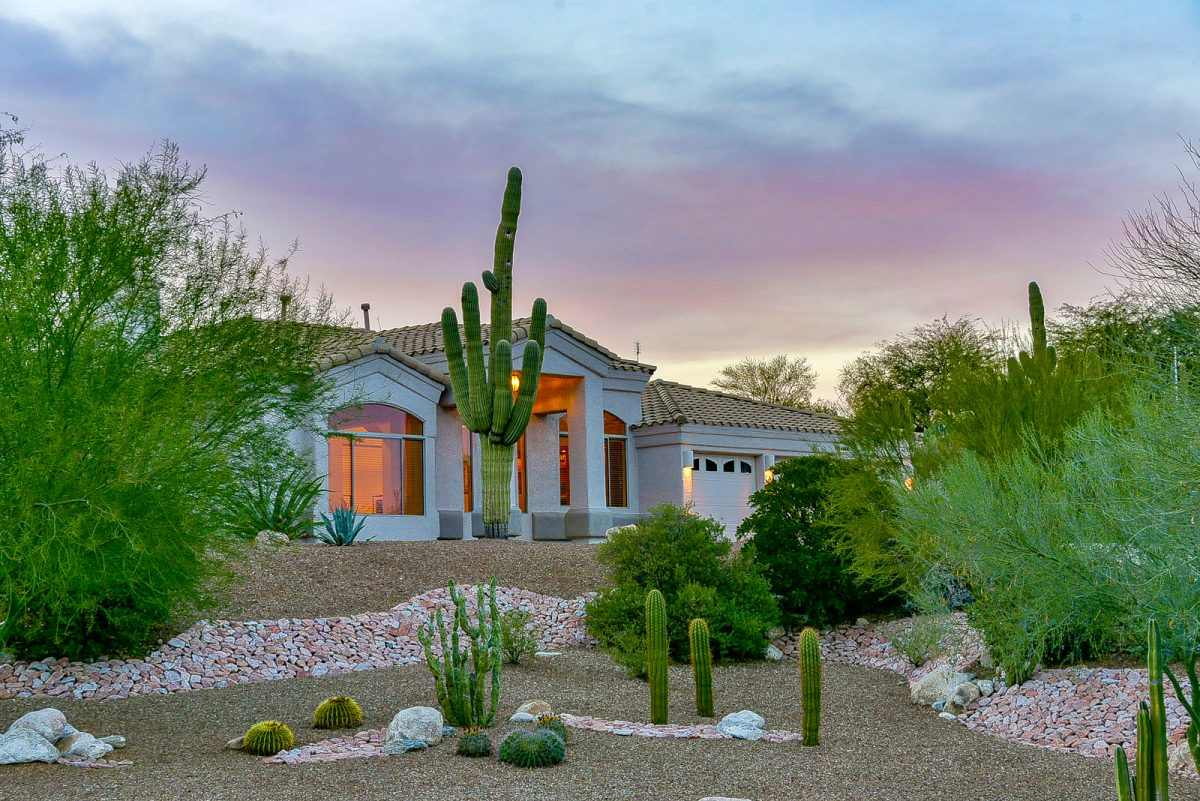 Tucson Home for Sale with Amazing Views - 4668 West Mallow Lane, Tucson, AZ 85743